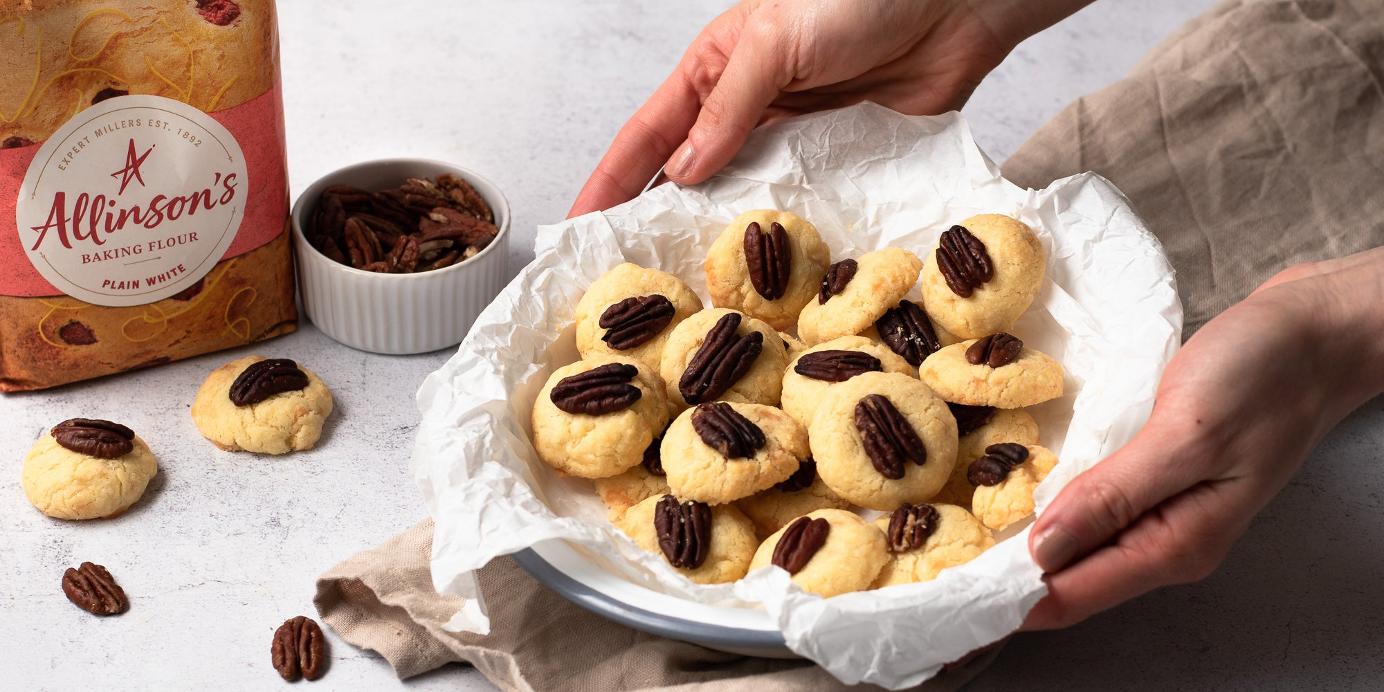 cheese and pecan biscuits