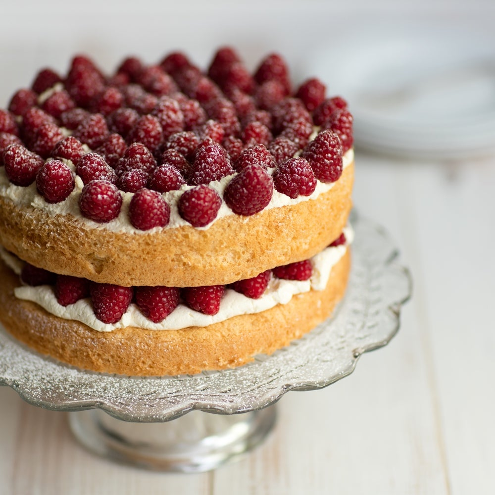 1-Raspberry-layer-cake-close-WEB-2.jpg