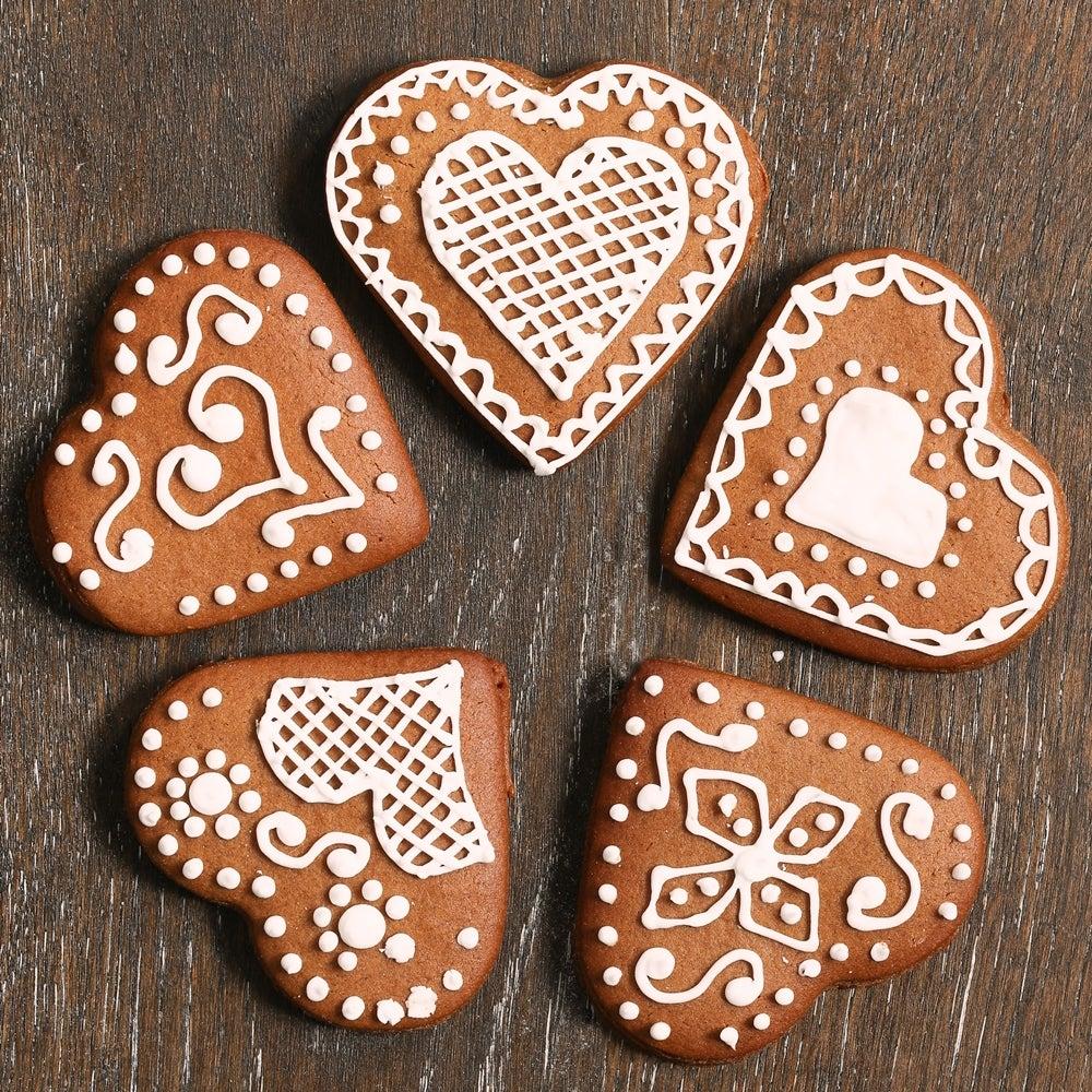 German-heart-biscuits-WEB.jpg