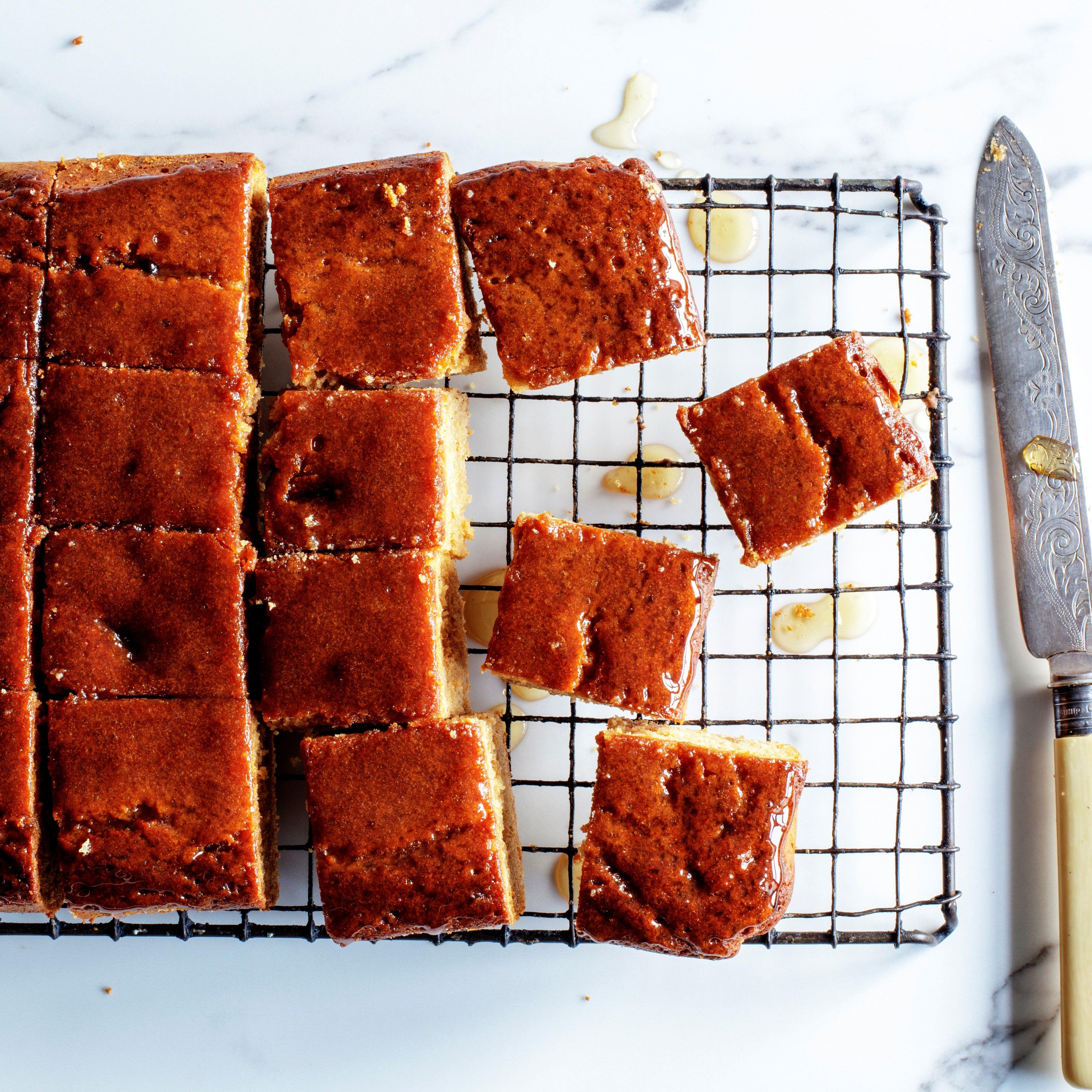 billington-s-honey-stem-ginger-traybake-web.jpg