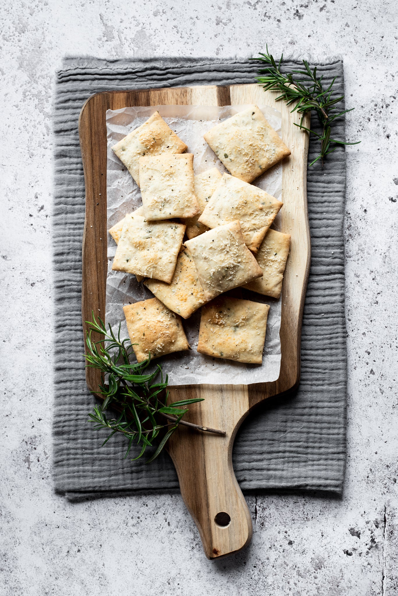 Rosemary-Parmesan-Crackers-WEB-RES-1.jpg