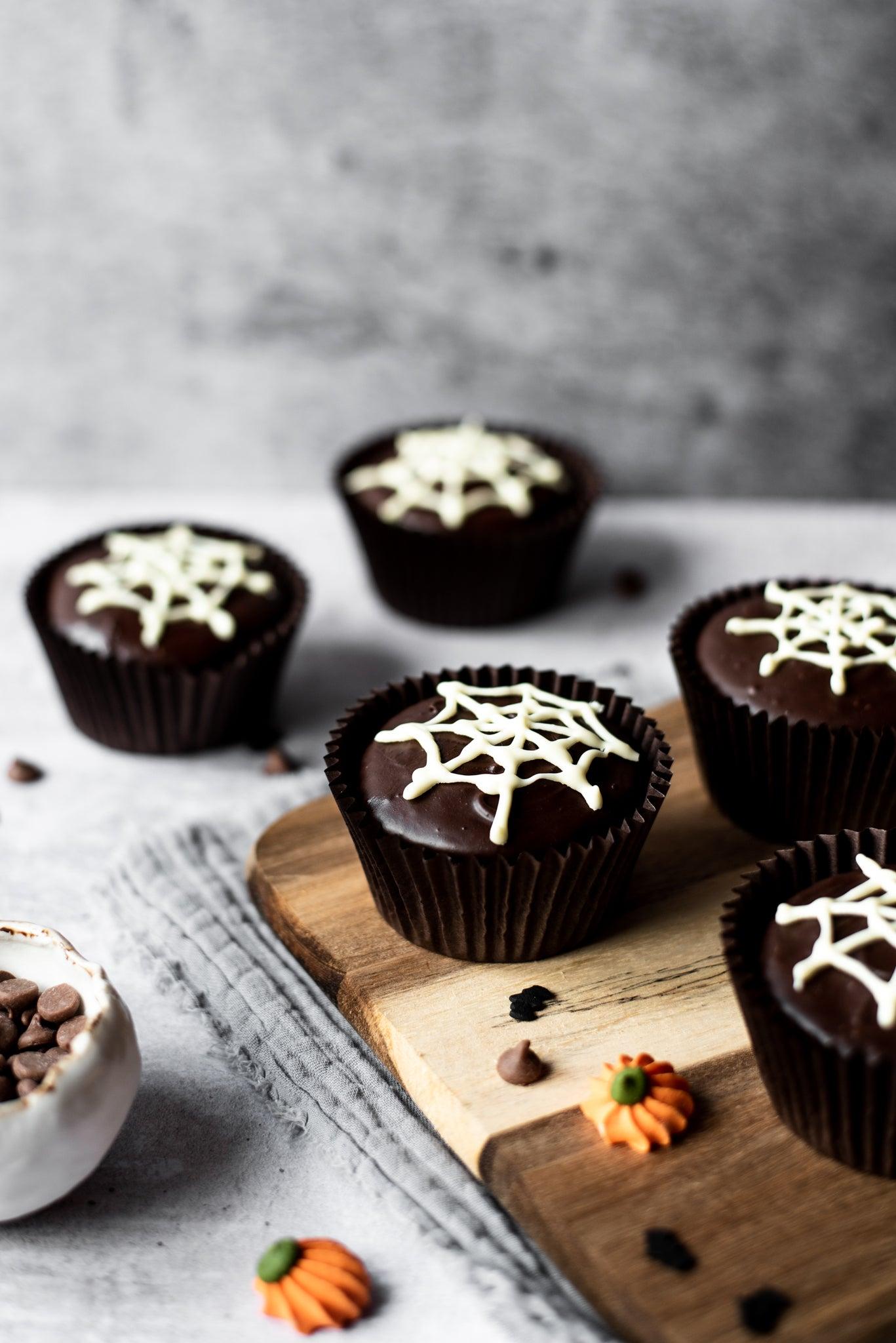 Spider-Web-Cakes-WEB-RES-5.jpg