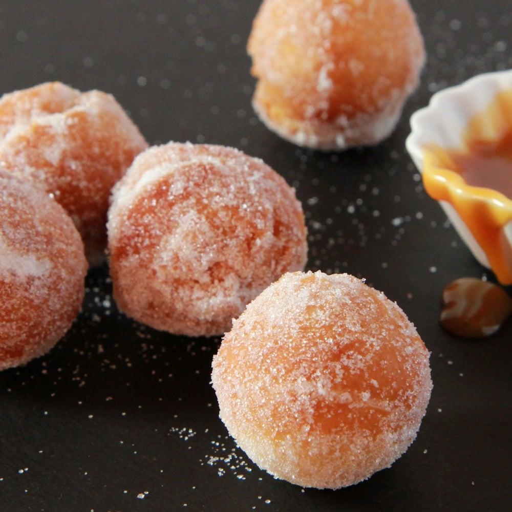 1-Doughtnut-holes-with-caramel-dip-web.jpg