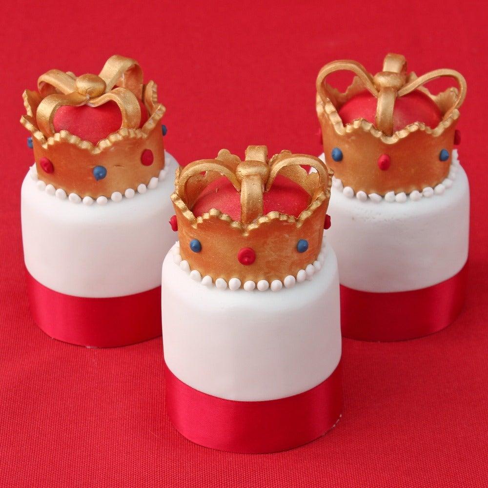 Individual Crown Fruit Cakes