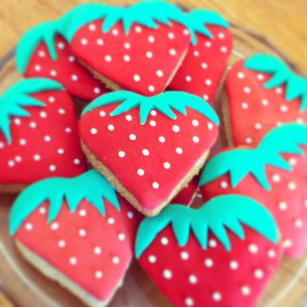 1-Strawberry-biscuits-web.jpg