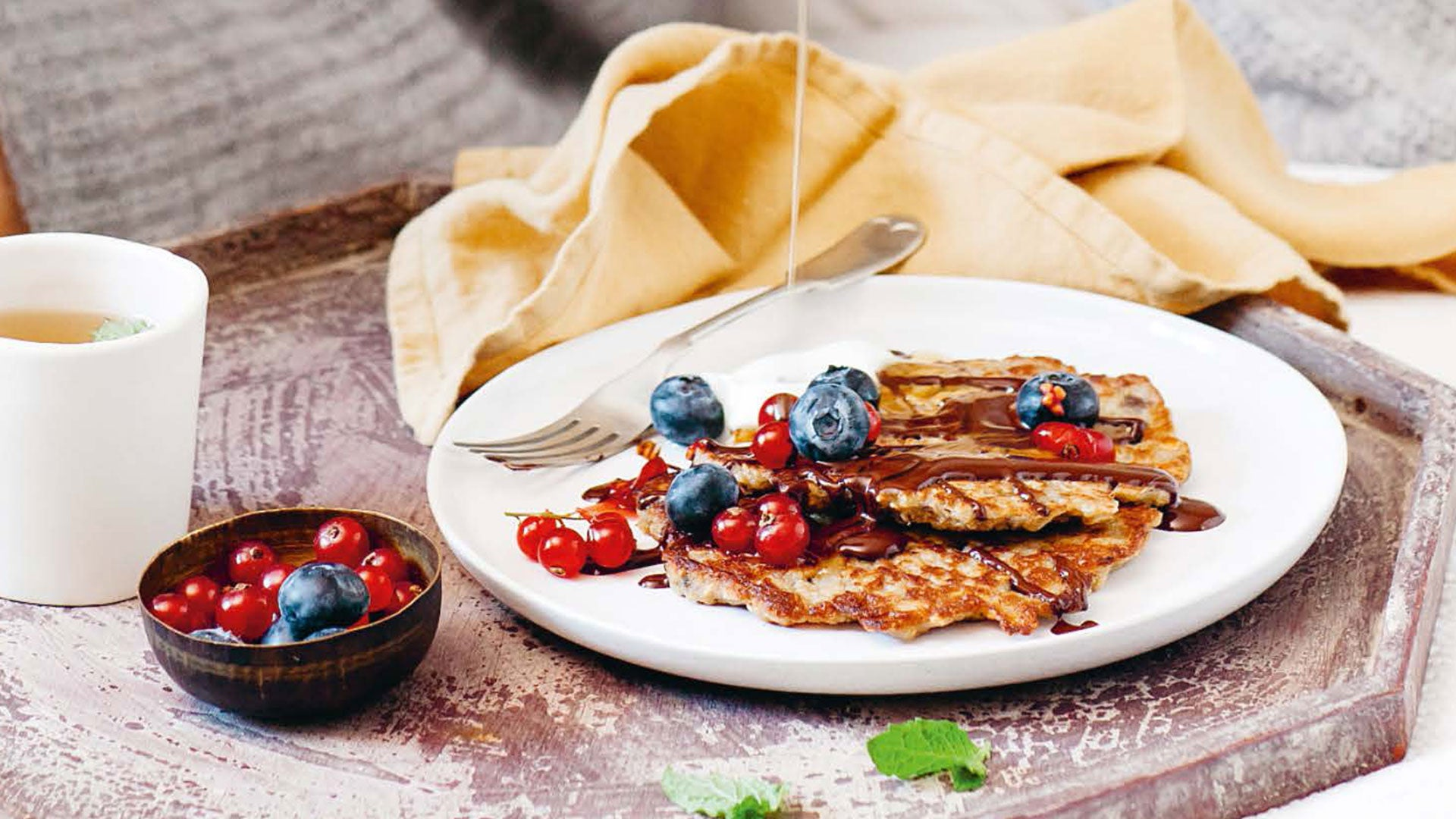Madeline-Shaw-Three-ingredient-Banana-Pancakes_Header.jpg