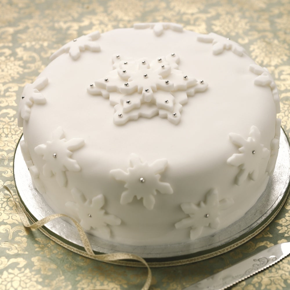 1-Classic-Christmas-cake-web.jpg
