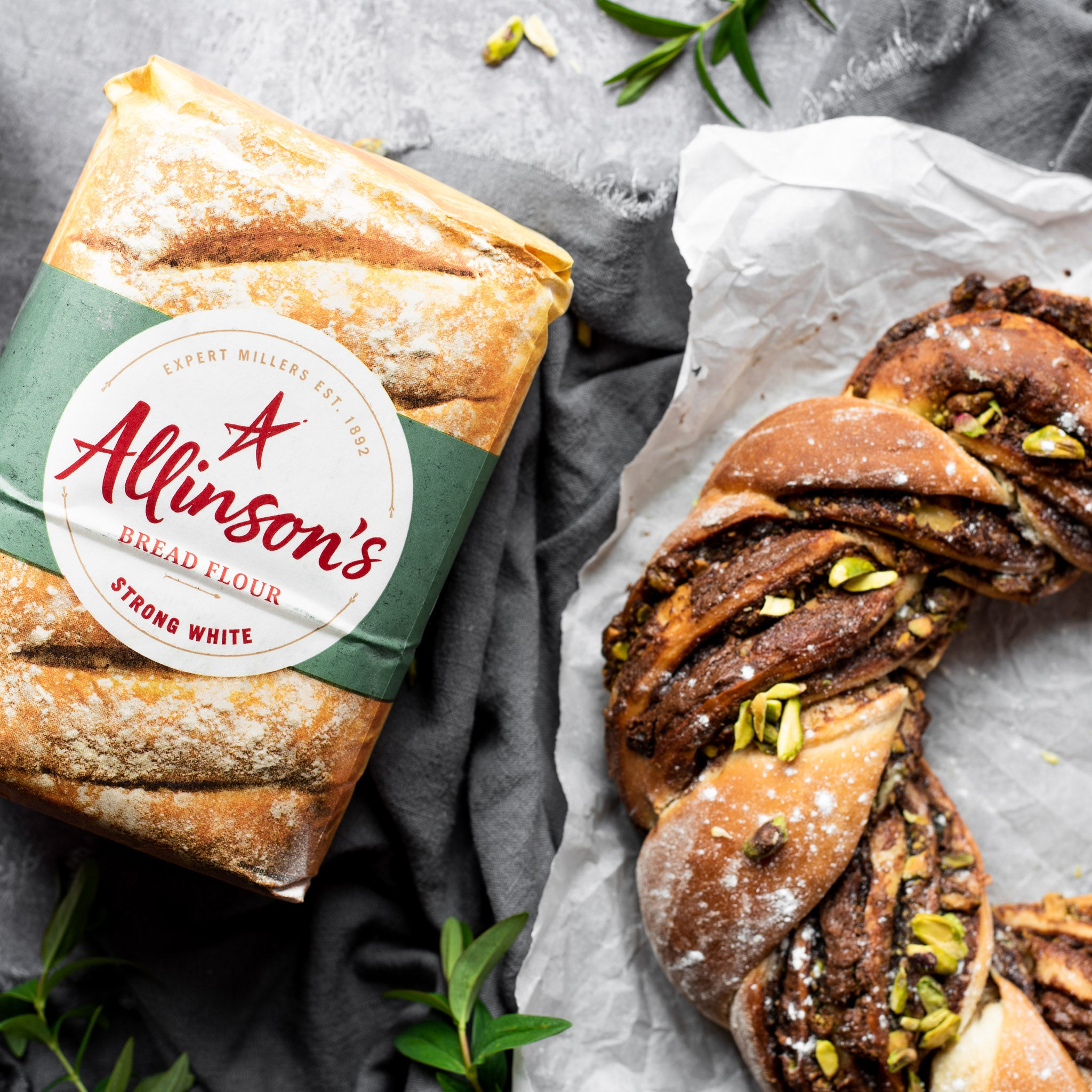 Allinsons-Chocolate-Pistachio-Wreath-1-1-Baking-Mad-3.jpg