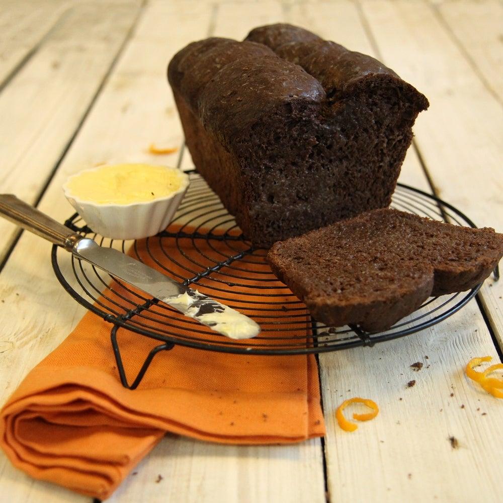 1-chocolate-and-orange-brioche-web.jpg