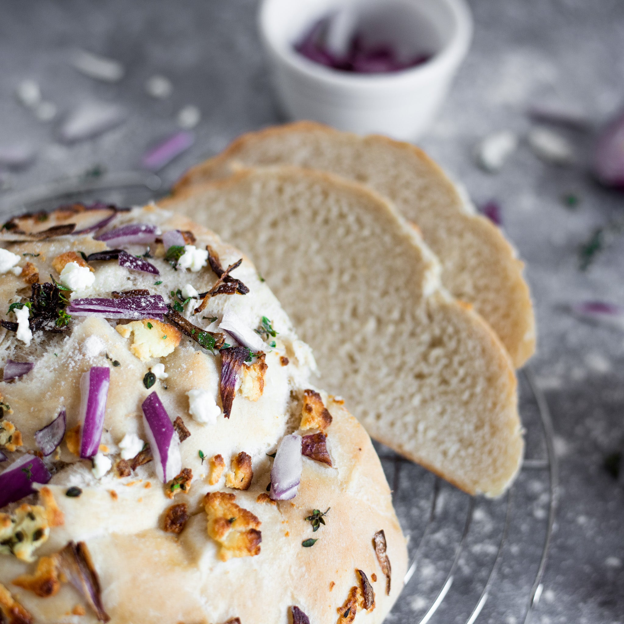 Goat-s-Cheese-and-Caramelised-Onion-Bread-by-Allinson-s-(10).jpg