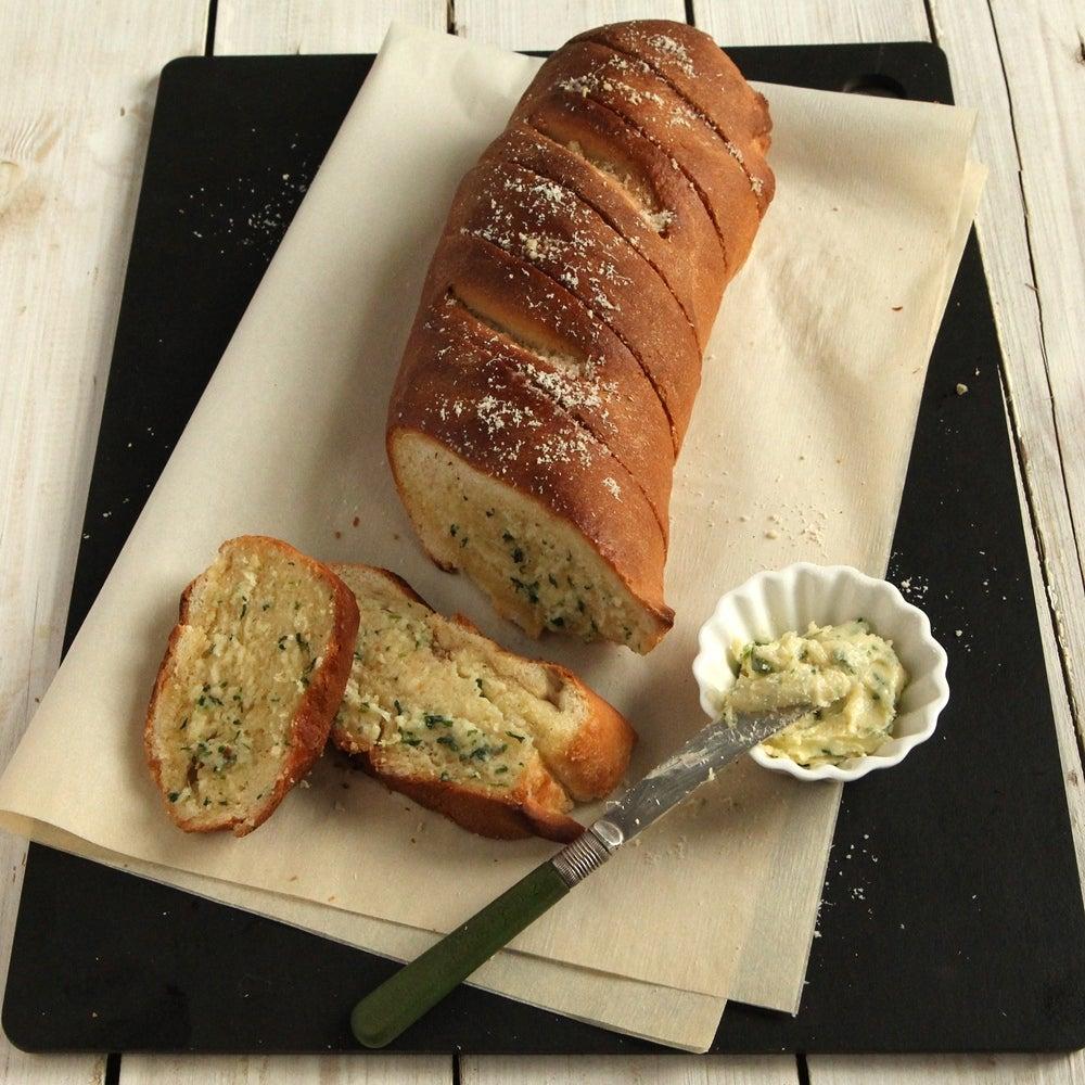 1-Garlic-Bread-web.jpg