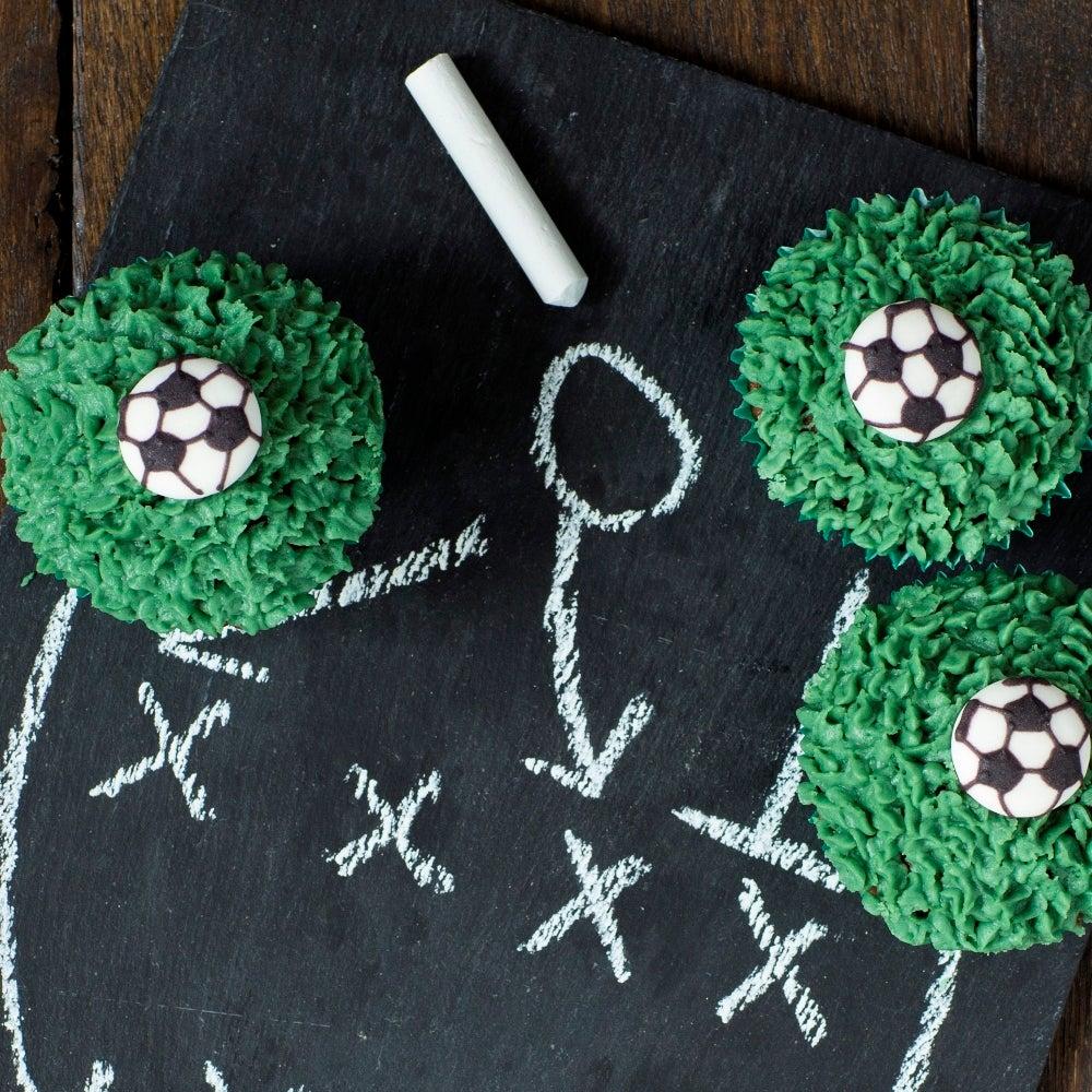 1-Football-Cupcakes-WEB.jpg