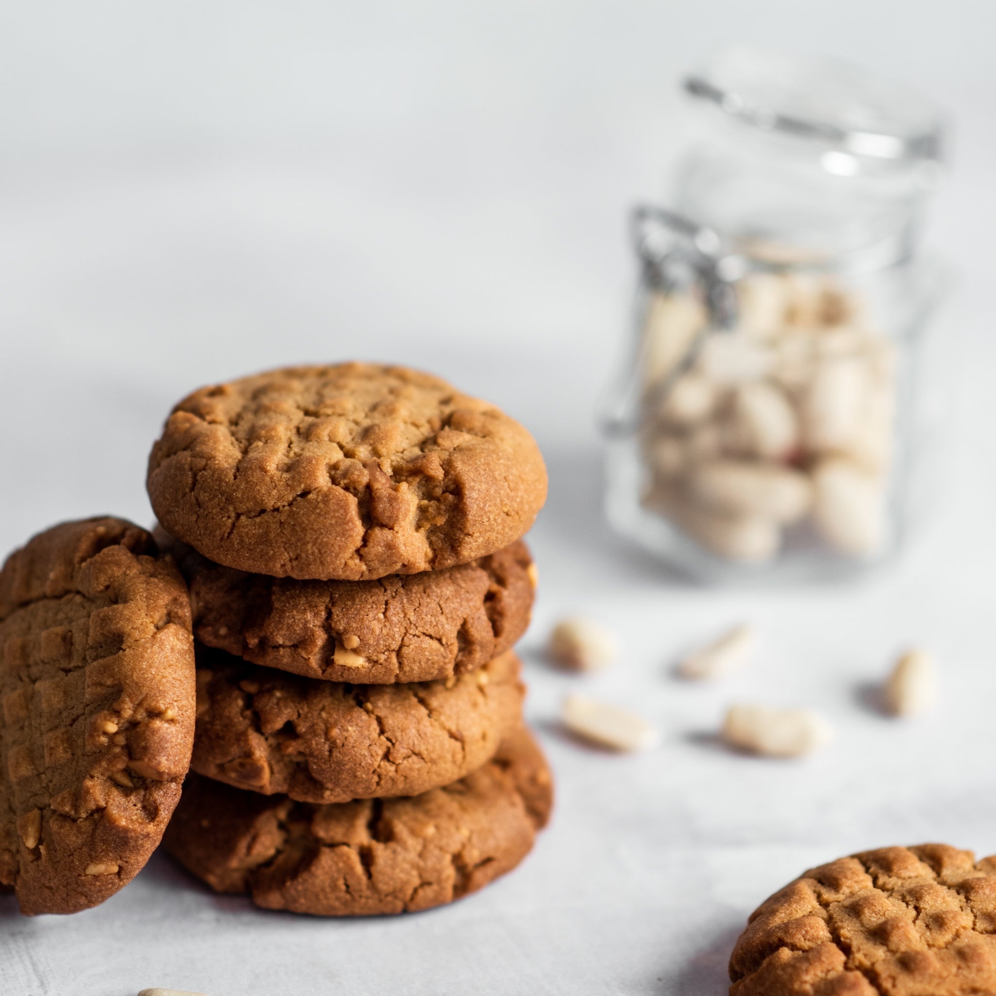 Crunchy-Peanut-Butter-Cookies-SQUARE-7.jpg