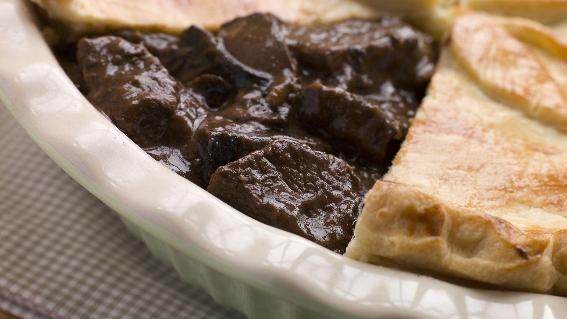 Steak-Mushroom-Pie_Header.jpg