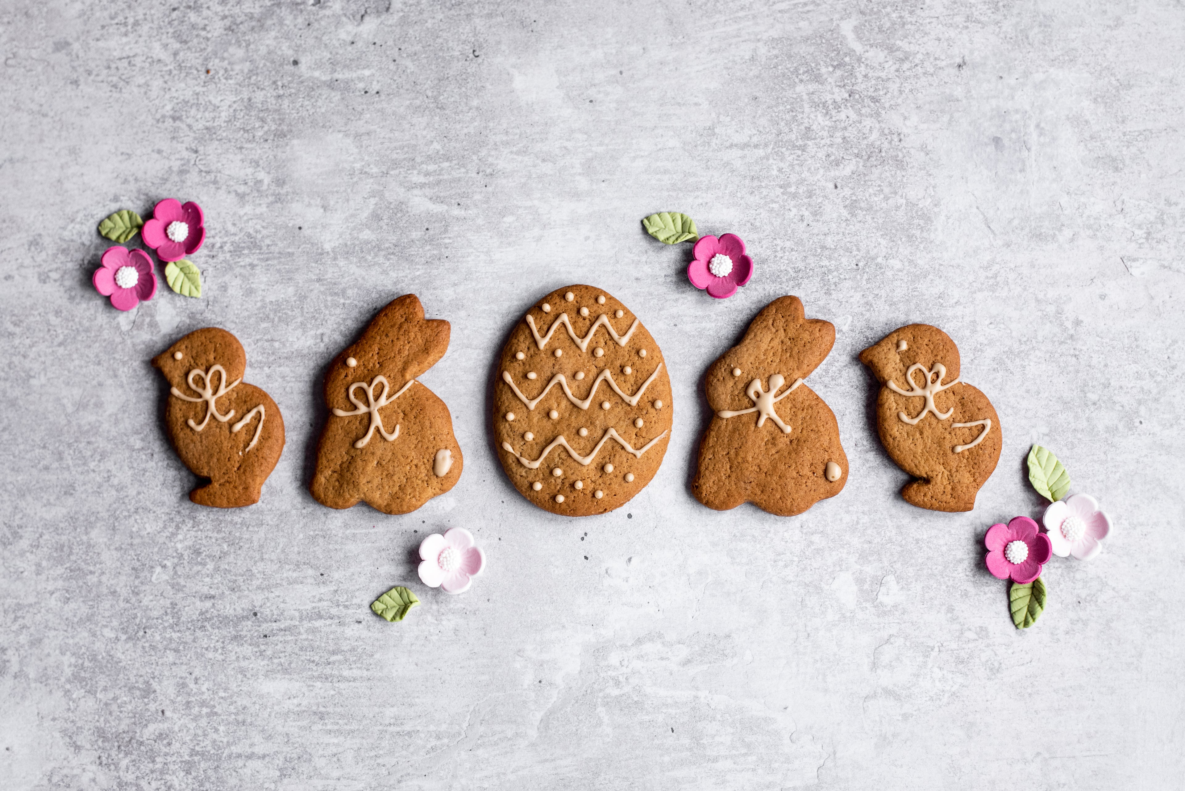 Easter shaped ginger biscuits in a row