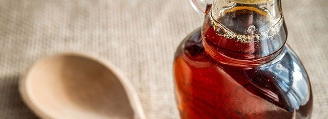 maple syrup in bottle