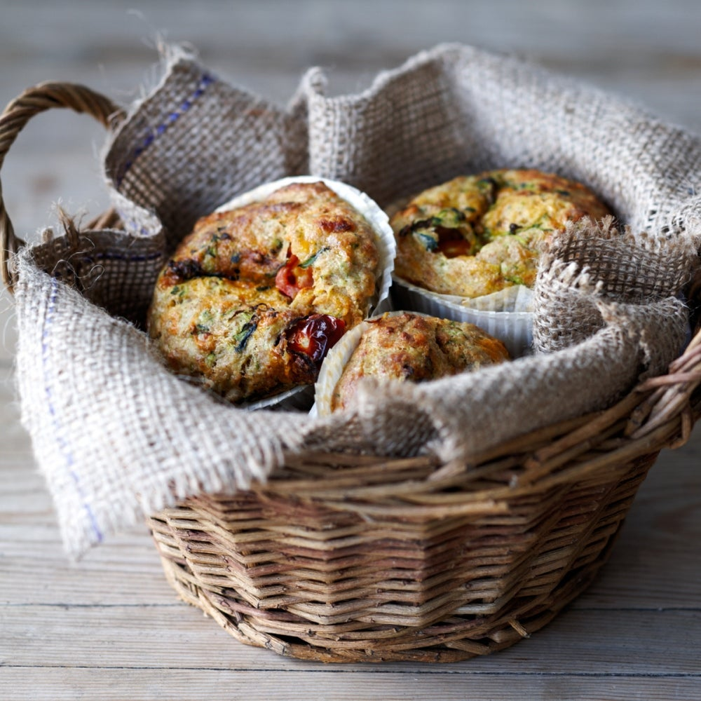 Cheese, tomato and courgette muffins