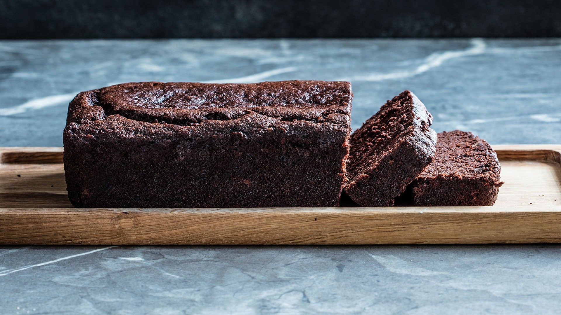 Vegan-Chocolate-Banana-Bread_Header.jpg