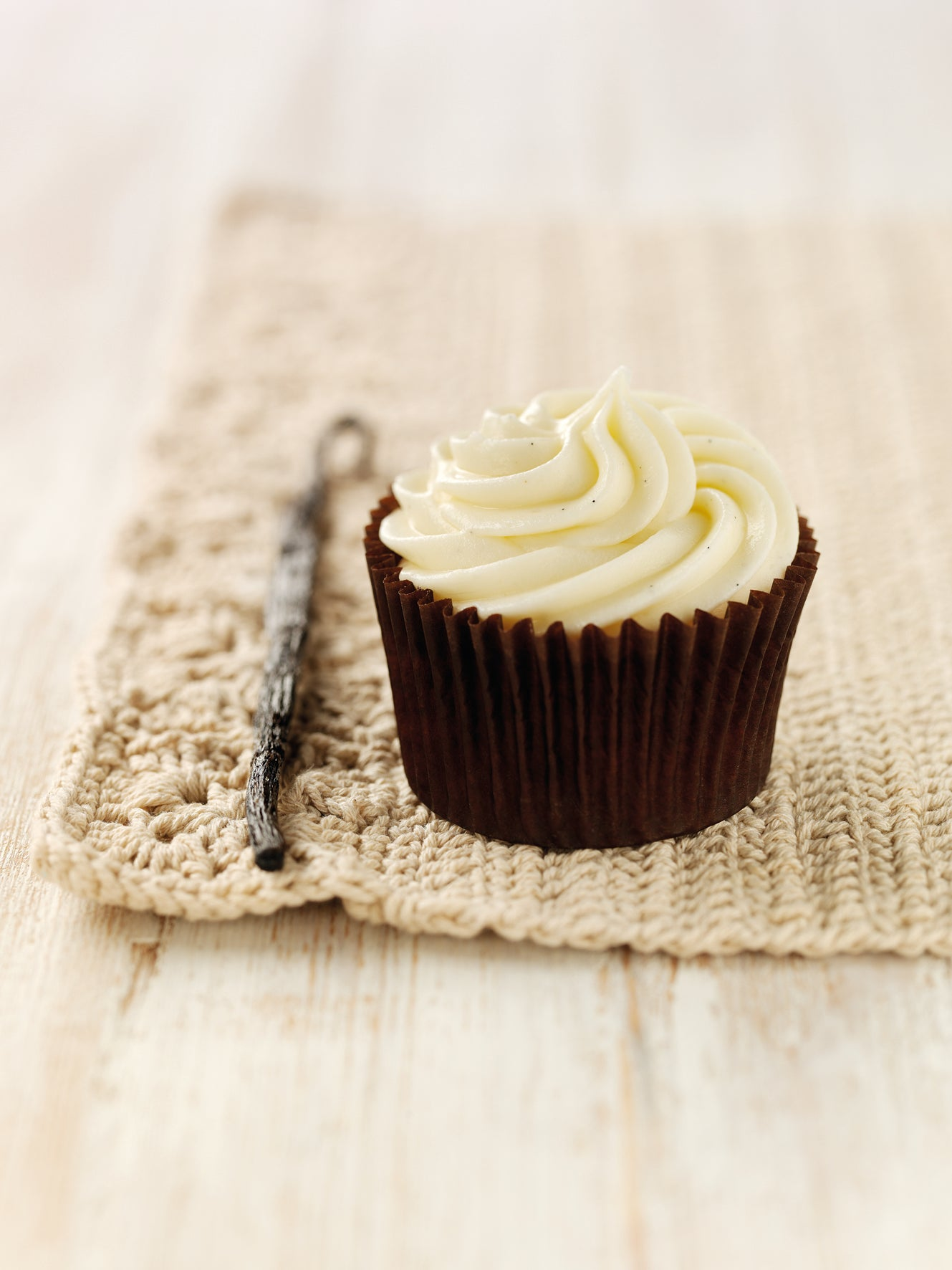 Nielsen-Massey-Vanilla-Cupcake.jpg