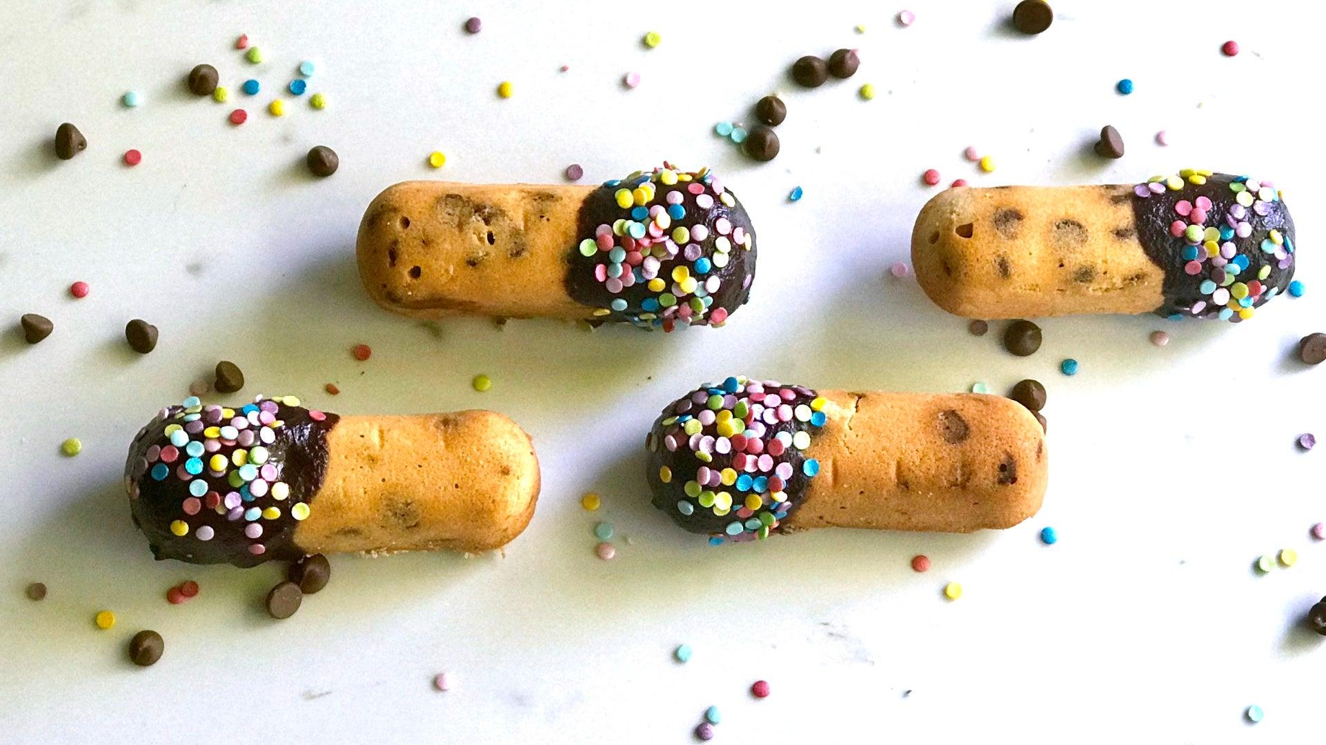 Chocolate-Chip-Twinkies-Alternative-Image_HEADER.jpg