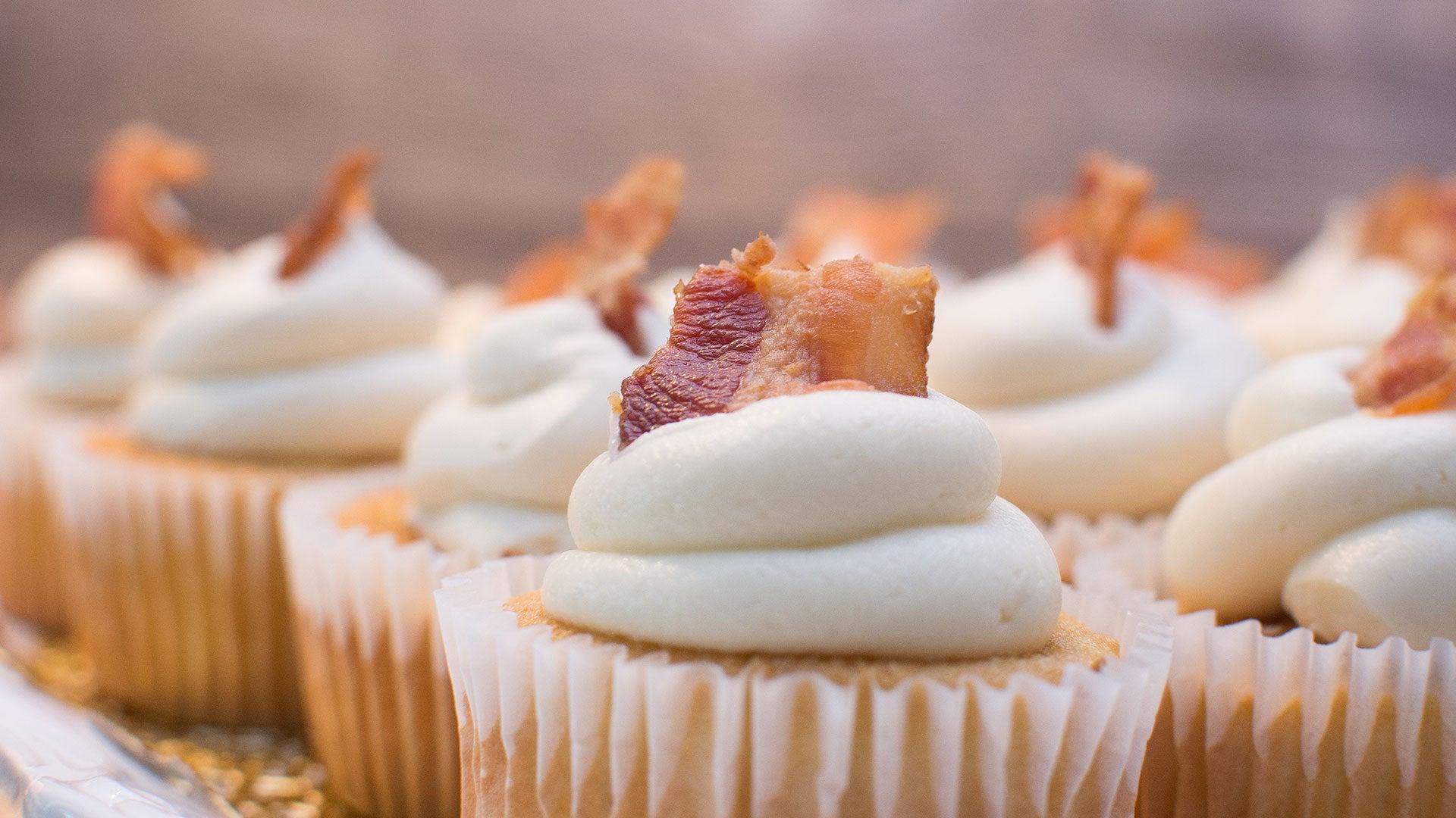 Bacon-Cheese-Cupcakes_Header.jpg