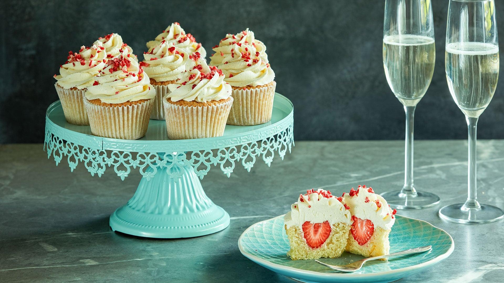 Strawberry & Prosecco Cupcakes