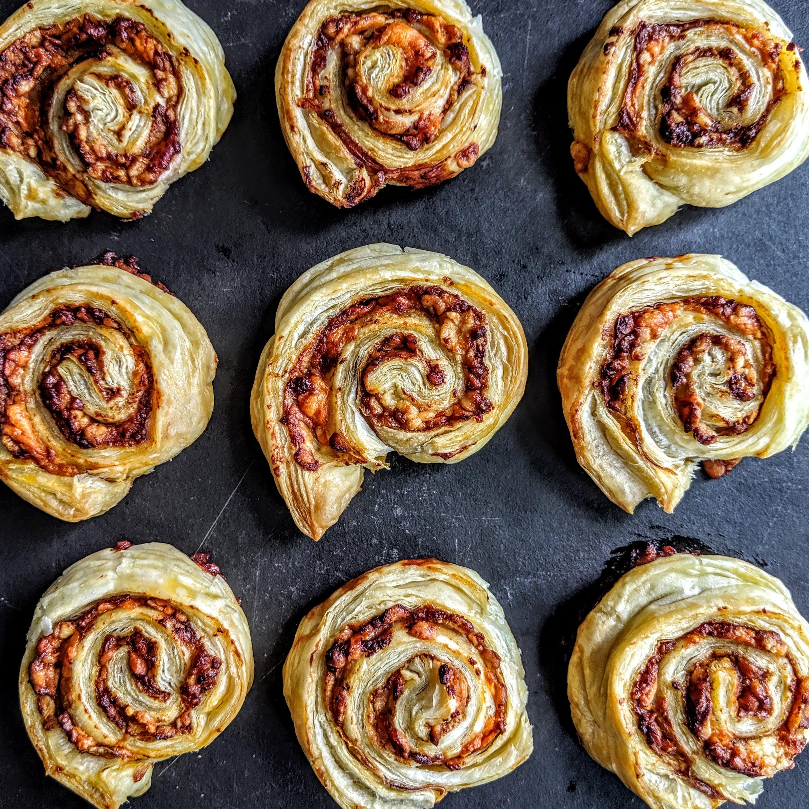 Cheese-and-Marmite-Puff-Pastry-Swirls-(2)_1.jpg