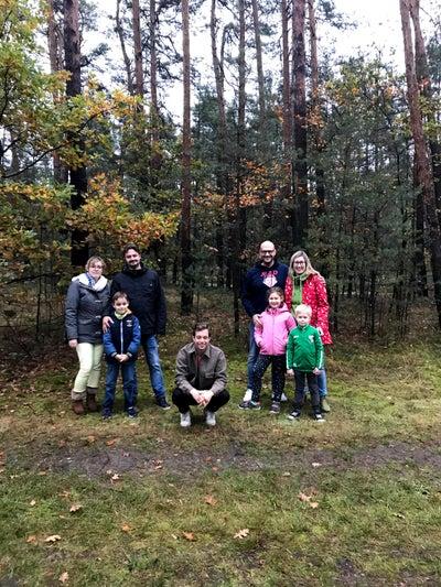 Checker Tobi mit beiden Familien