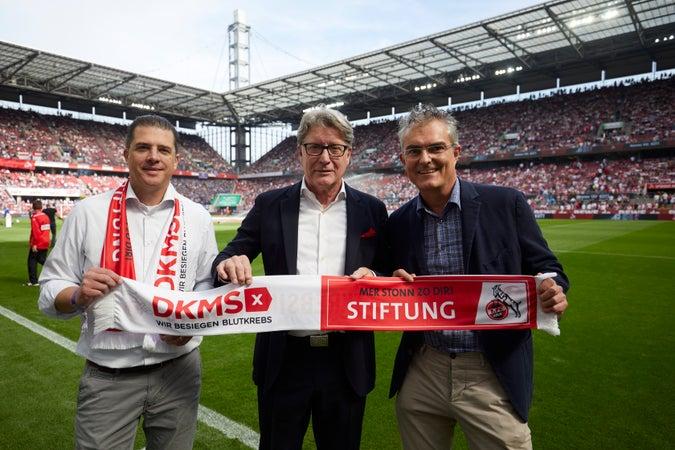 Kooperation zwischen der Stiftung 1. FC Köln und der DKMS