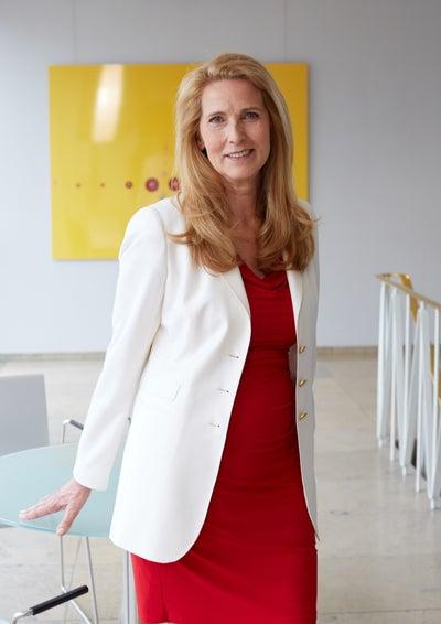 Dr. Elke Neujahr