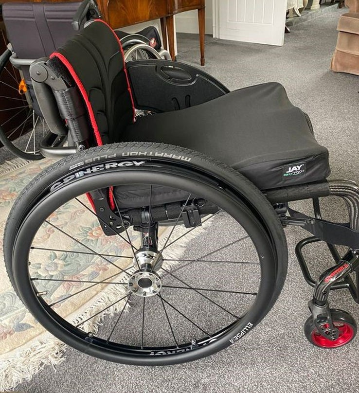 Right side view of the active wheelchair Tim is demonstrating