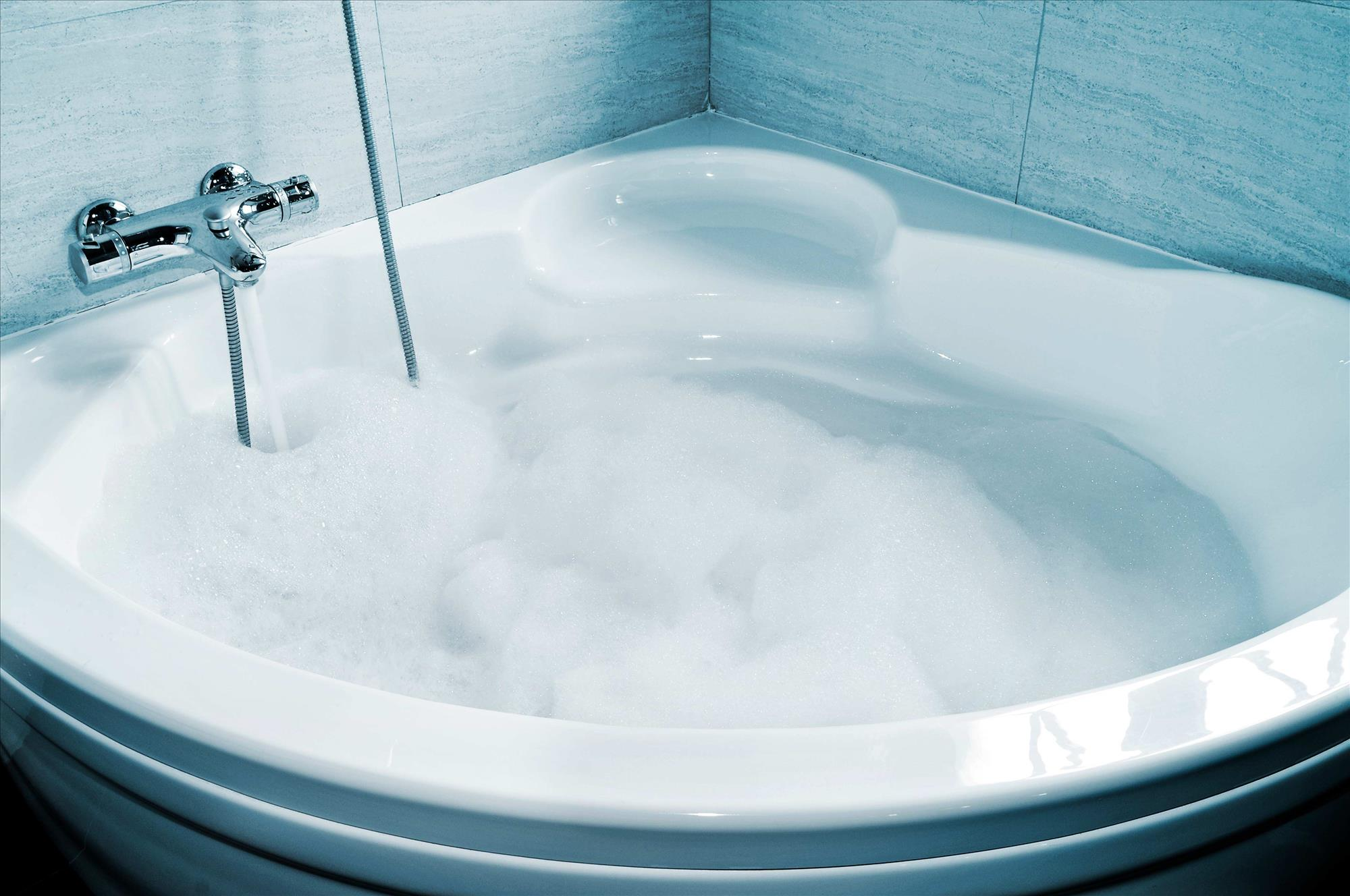 Home sweet home – celebrate your return from hospital with a relaxing bath