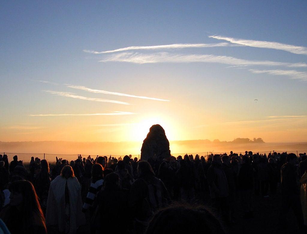 Solstice at Stonehenge - sun behind the heel stone