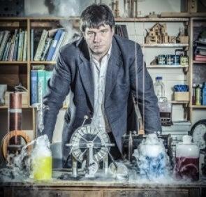 Dr Ian Johnston. Senior Lecturer - Engineering
