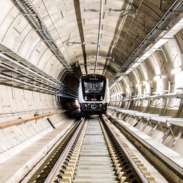 Train in tunnel, The Fifteen Billion Pound railway BBC