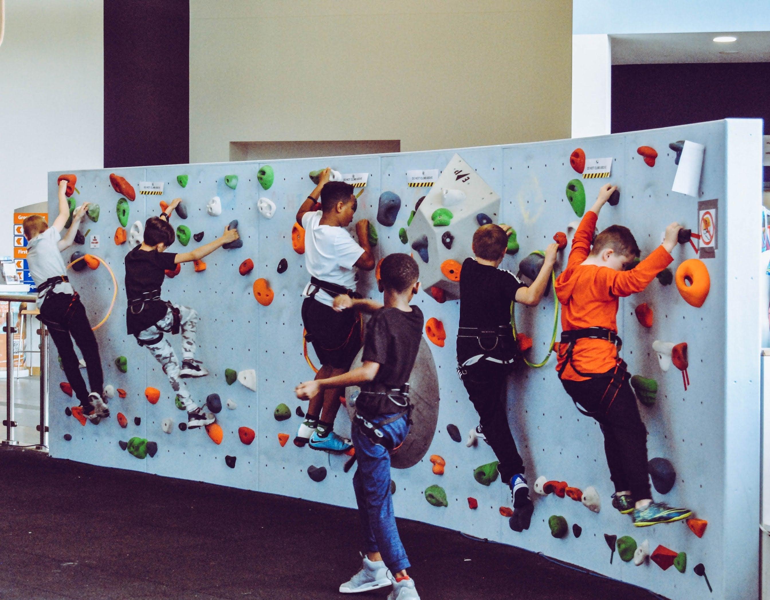 Children bouldering