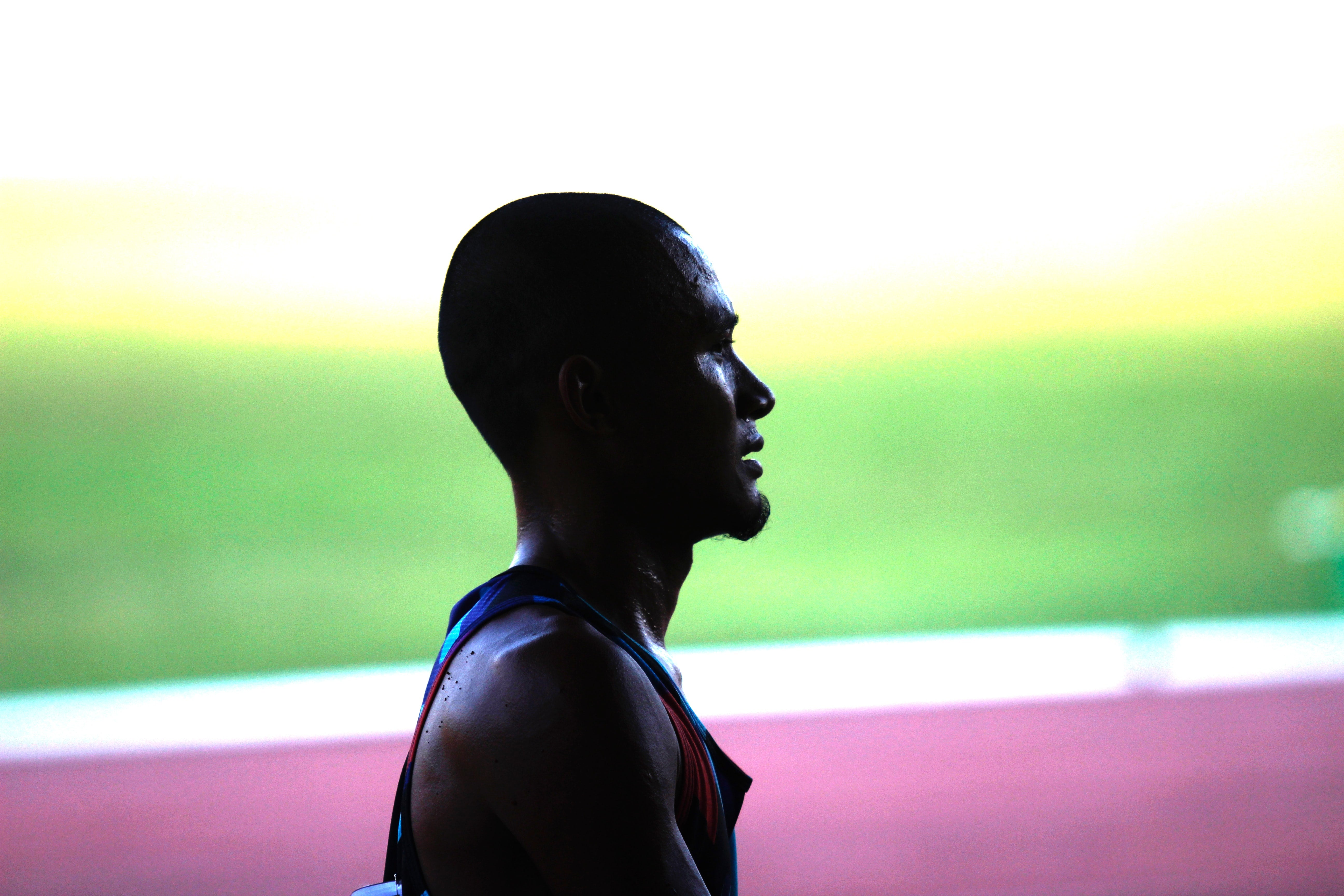 A male track runner