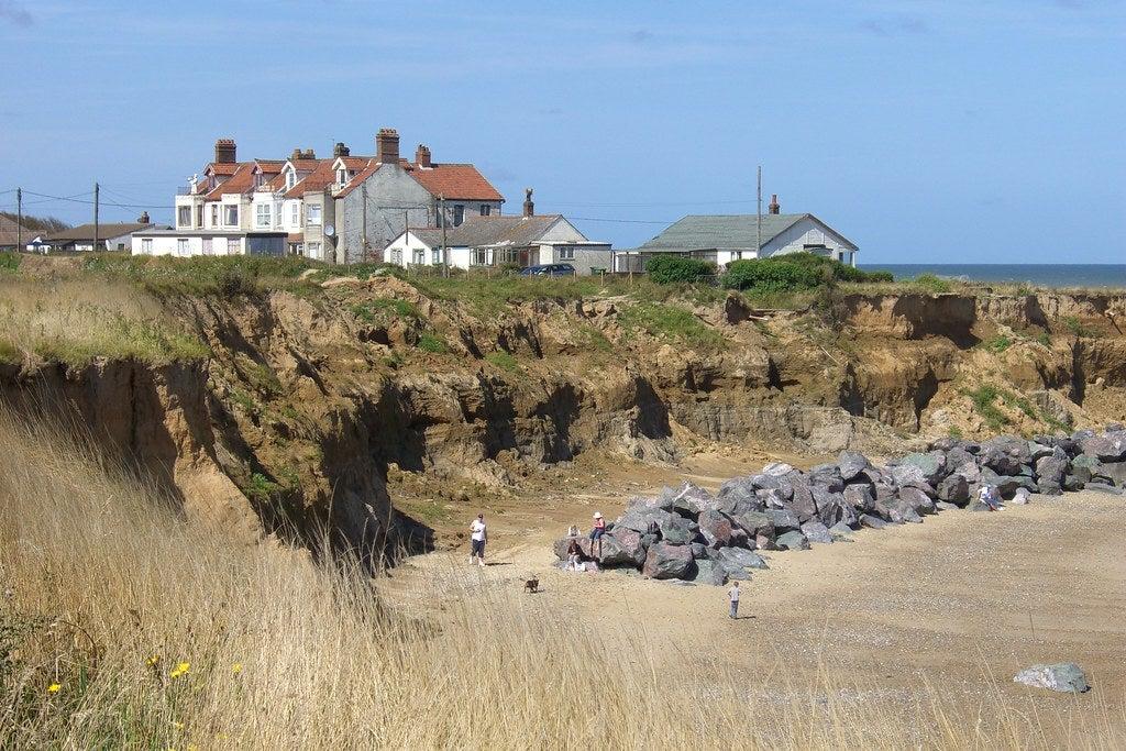 """Happisburgh Cliffs, Norfolk"" by .Martin. is licensed under CC BY-ND 2.0"