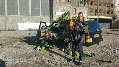 Britain's Fat Fight - Hugh Fearnley-Whittingstall holding Vegetables
