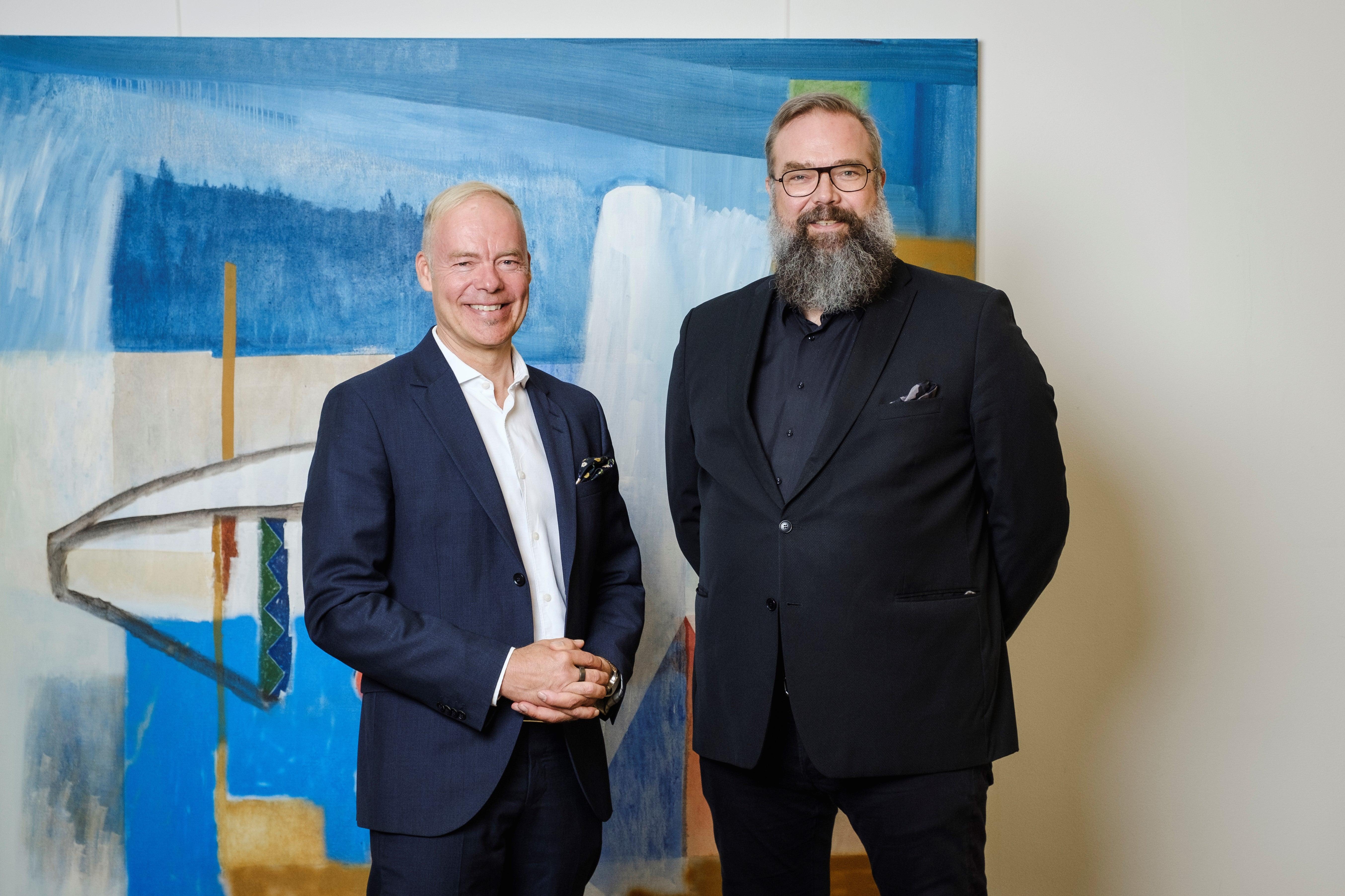 Dentsu Aegis Networkin uusi toimitusjohtaja (1.11.2019 alkaen) Pauli Aalto-Setälä ja väliaikainen toimitusjohtaja, Nordic CEO Paal Fure.