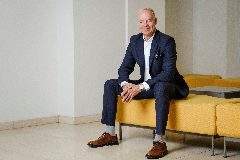 Dentsu Aegis Networkin toimitusjohtaja marraskuusta 2019 alkaen on eMBA Pauli Aalto-Setälä.