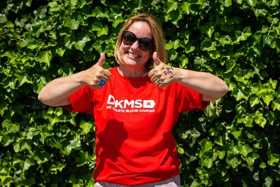 Sally Hurman gives a thumbs up after completing bungee jump for blood cancer charity DKMS