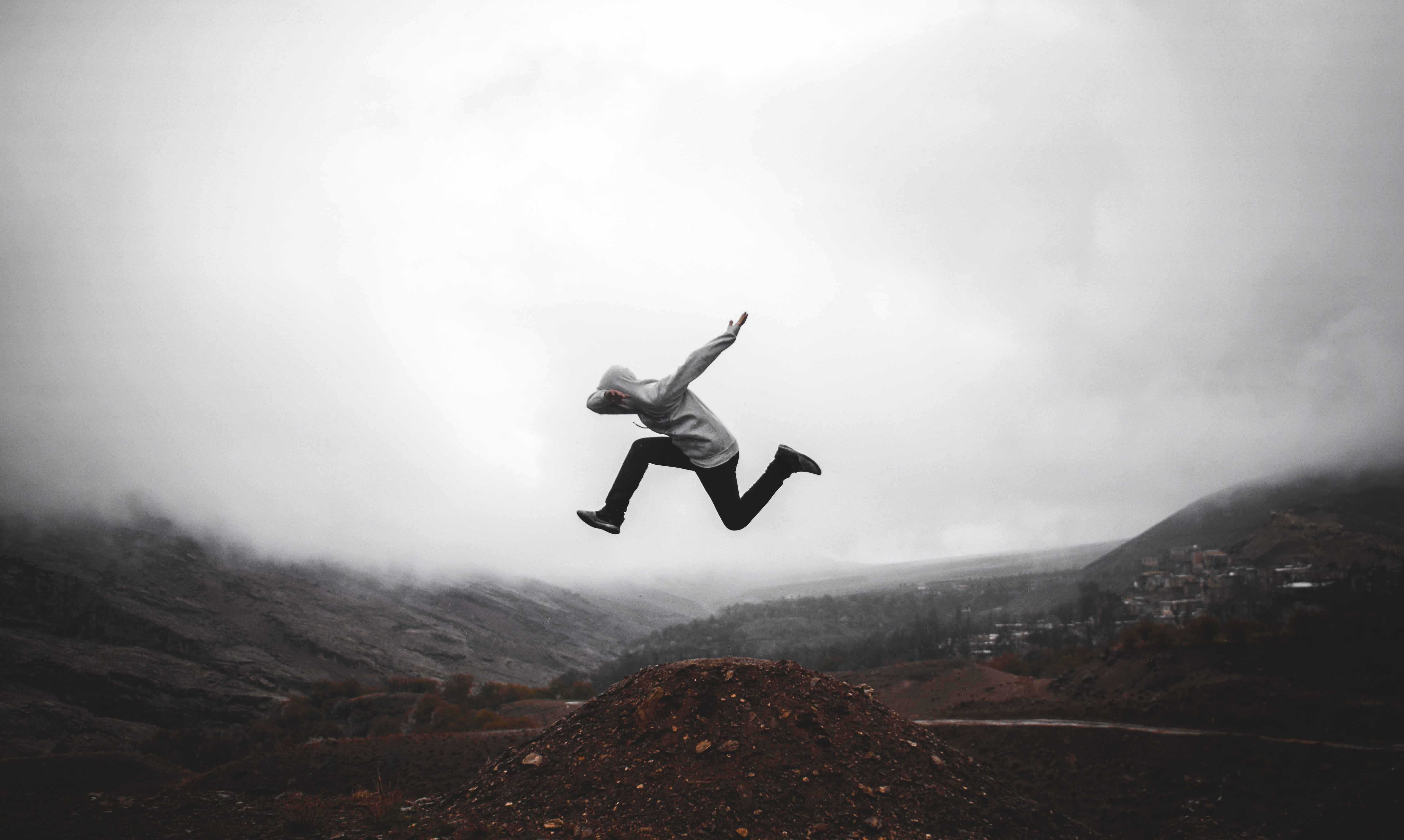 growing your business by climbing mountains - B2B commerce academy