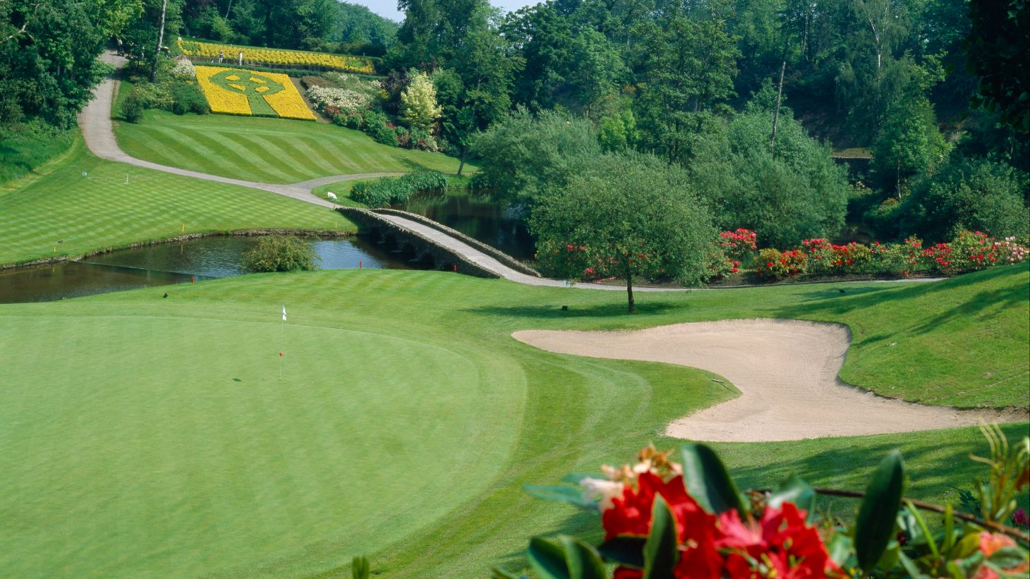 Visit Druid's Glen is a beautifully-manicured course.
