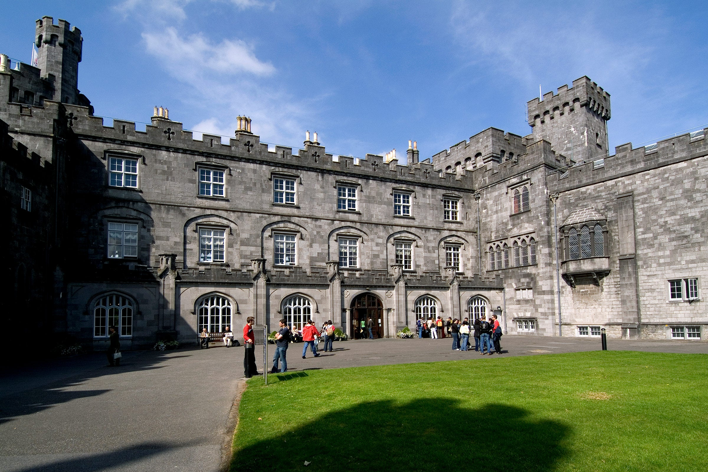 People exploring the grounds of Kilkenny Castle