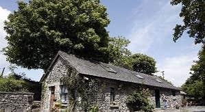 Burren Fine Wine & Food - Exterior