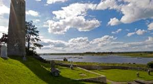 Clonmacnoise - Monastic site