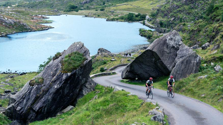 Cross the Ring of Kerry off your Irish cycling bucket list.