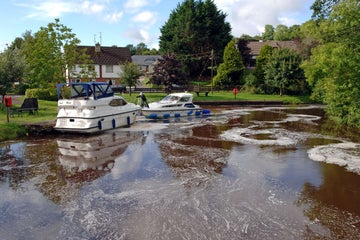Image of boats on the harbour in Ballinamore in County Leitrim