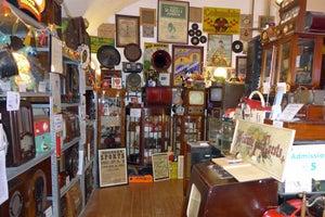 Ye Olde Hurdy-Gurdy Museum of Vintage Radio